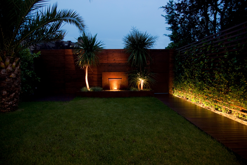 Dise o de jardines contempor neos un jardin para mi - Iluminacion para jardines exteriores ...
