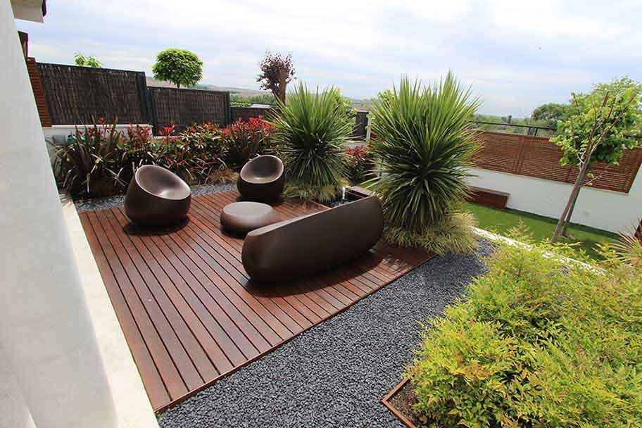 Jardín en dos niveles