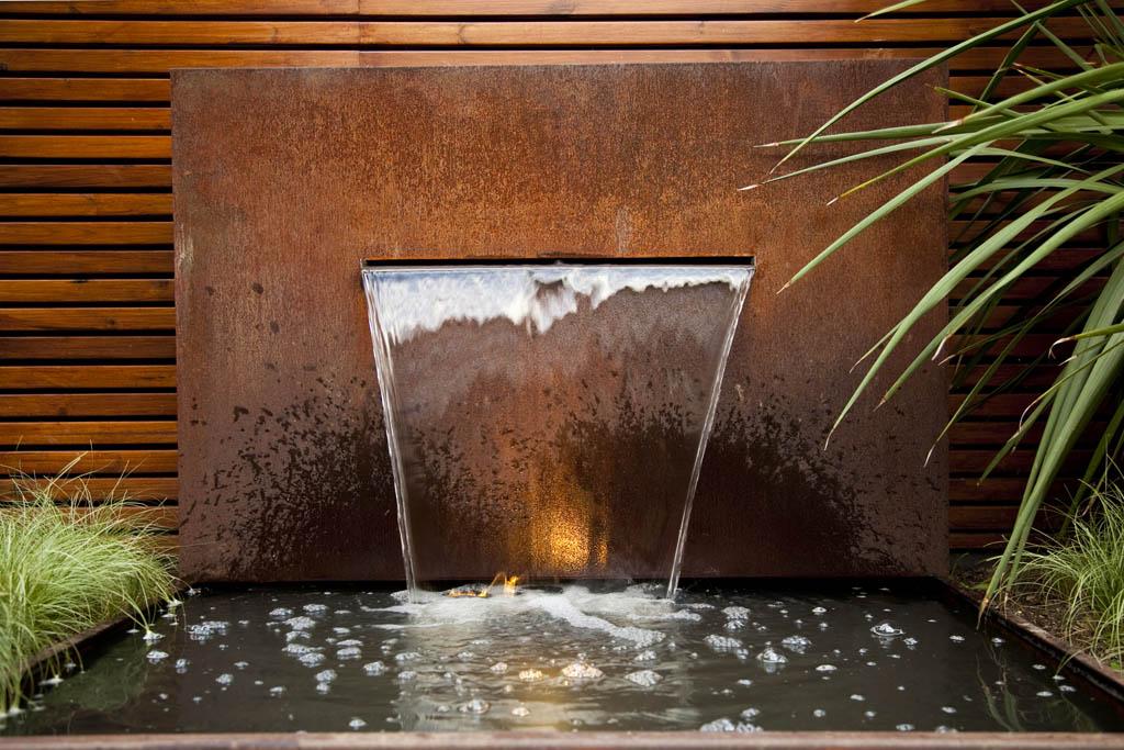 Fuente y cascada