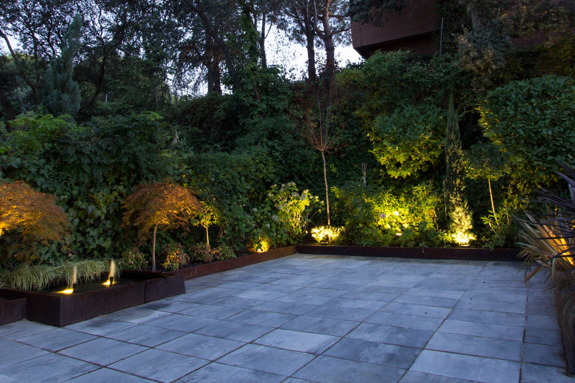 Paisajismo y dise o de exteriores un jardin para mi for Paisajismo terrazas