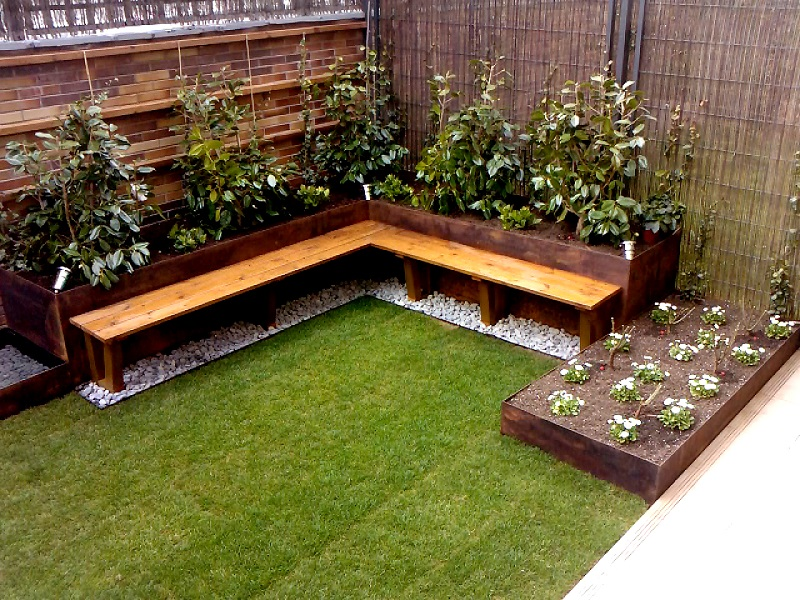 Dise o de un jard n peque o porque los peque os cambios for Jardines pequenos pegados a la pared