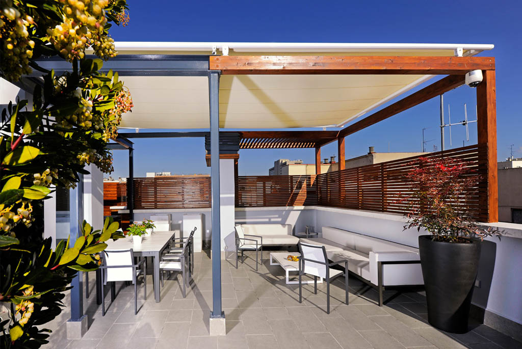 Terraza de dise o el arte en los peque os espacios un Diseno de piscinas en espacios reducidos
