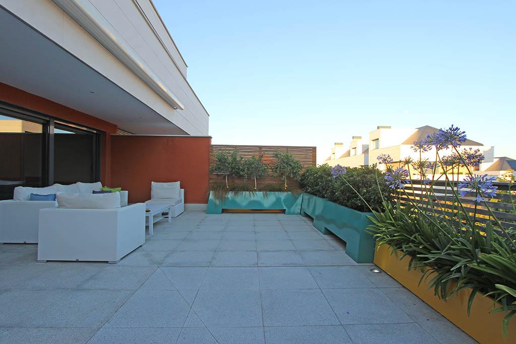 Terraza de dise o el arte en los peque os espacios un - Diseno de terrazas aticos ...