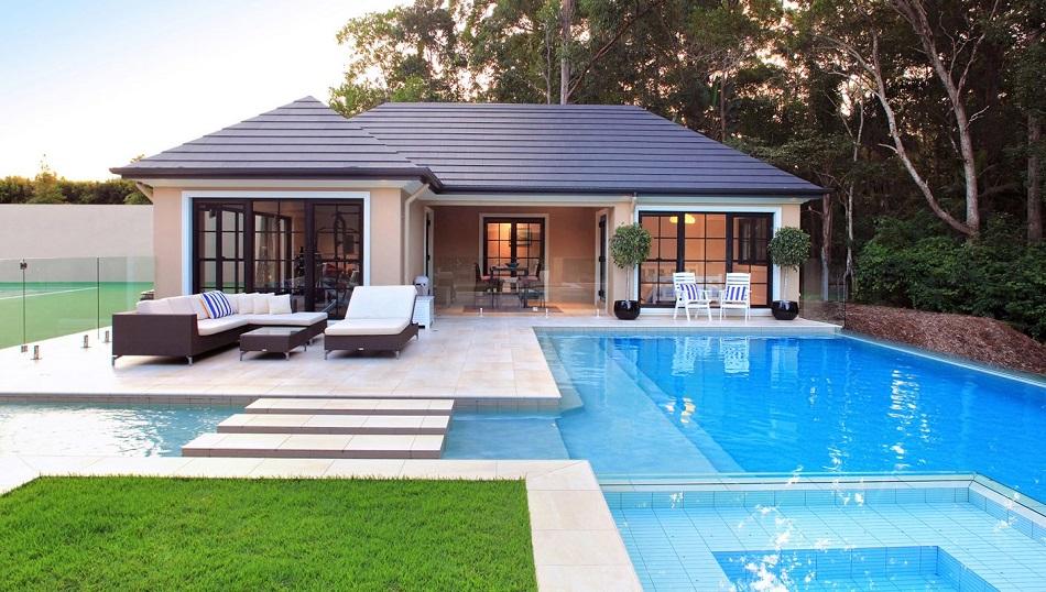 La ventajas de una piscina inteligente o smart pool un for Diseno de jardines pequenos con piscina