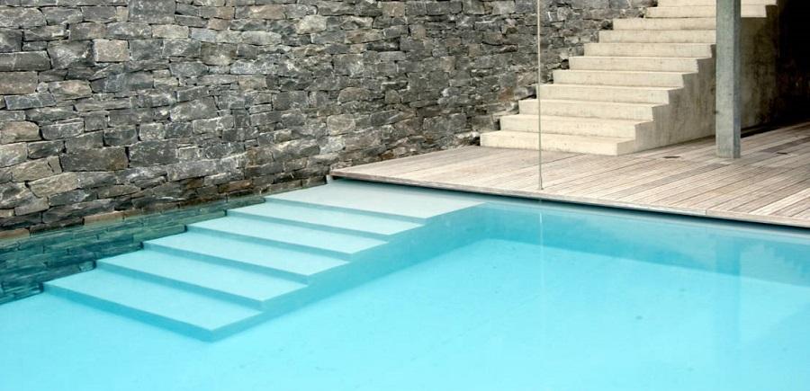 Diseño-piscinas-accesos-seguros