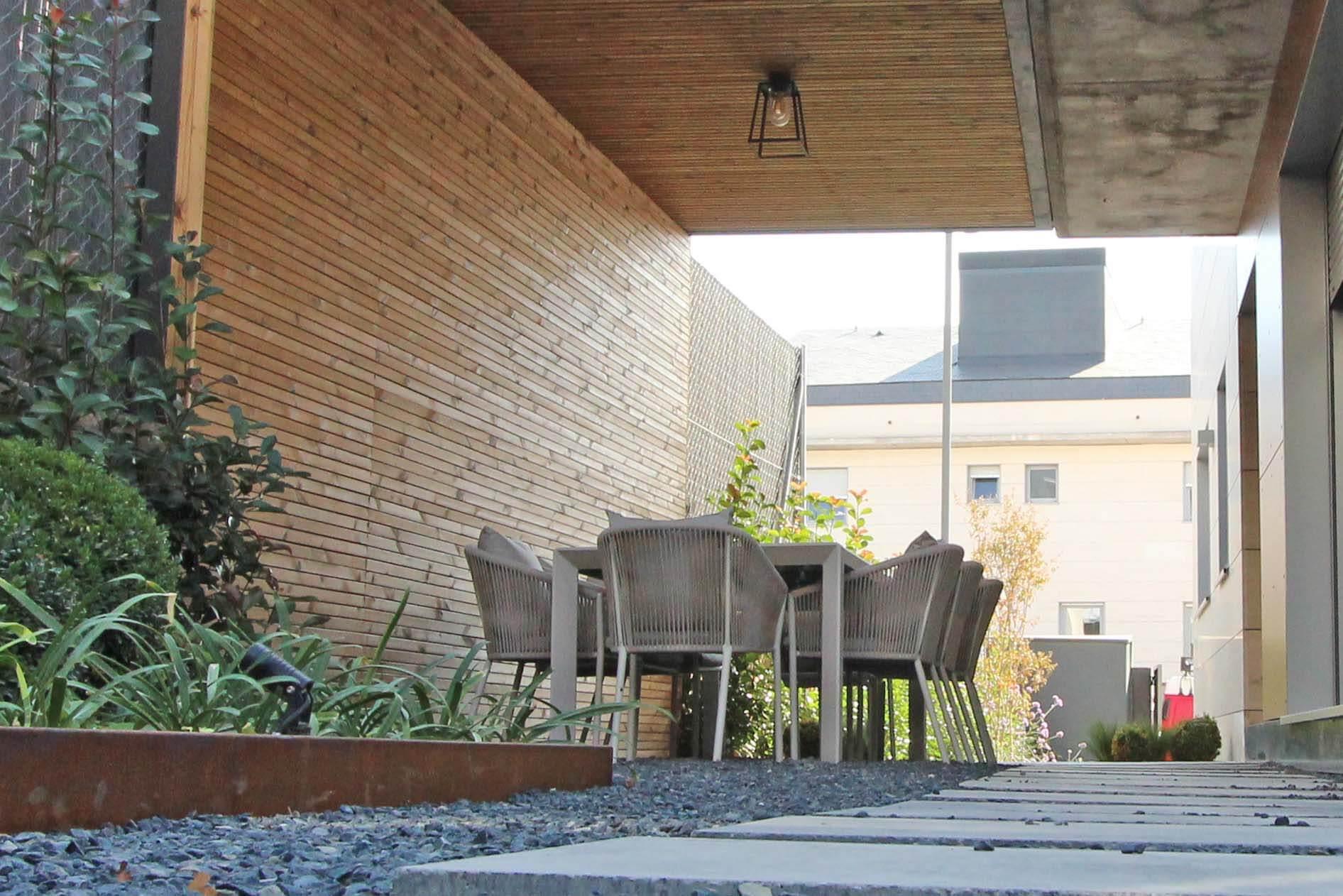 Diseño de salón exterior en Madrid