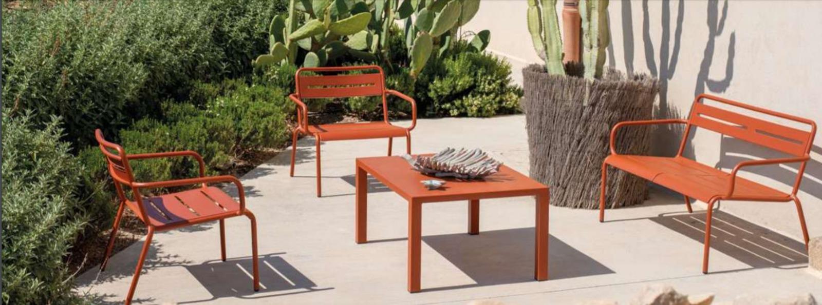 Mobiliario exterior de jardín